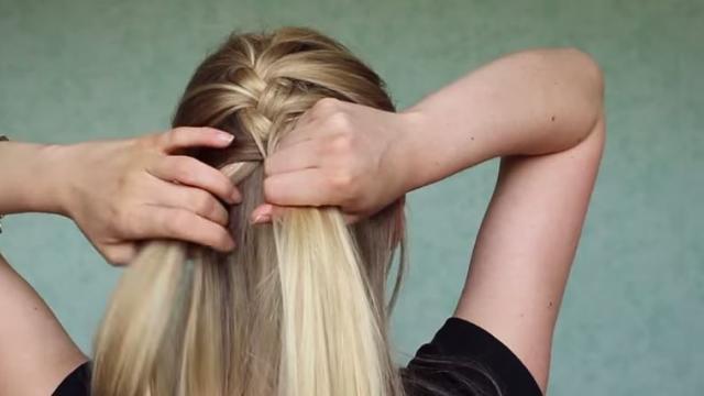 Faire coiffure reine des neiges